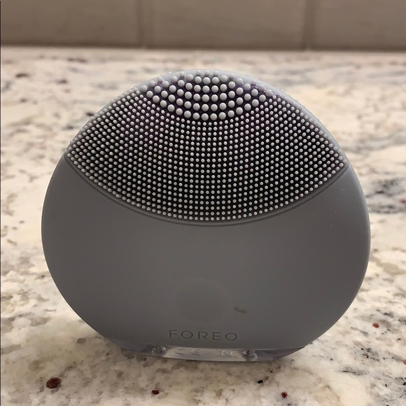 Foreo Other - Foreo Luna Mini Facial Cleansing Brush w/Charger